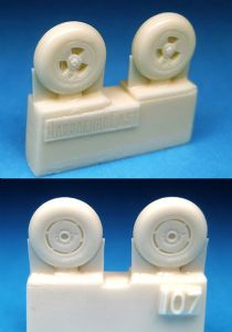 1/72 Spitfire 3-Slot Wheels - Circumferential Tread